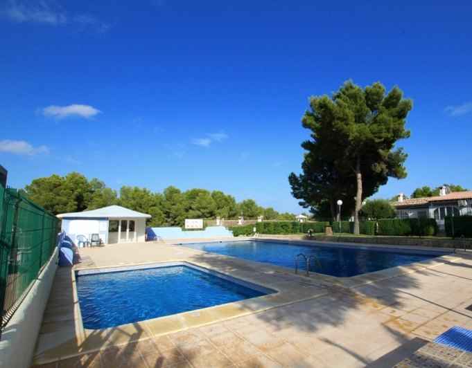 144142-Apartment with private garden and communal pool-01