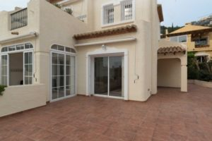 153776-BUNGALOW WITHIN A GATED COMMUNITY IN ALTEA HILLS-01