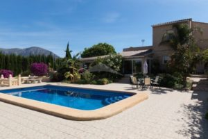 156423-UNIQUE FULLY REFORMED FINCA WITH HORSE STABLES-01
